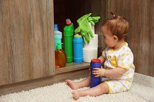 Erste Hilfe bei Reinigungsmittel Vergiftung
