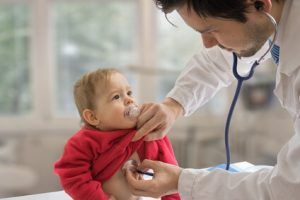 Erste Hilfe bei Fieberkrampf