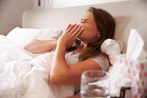 Erkältung Hausmittel gegen Grippe Gelomyrtol Meditonsin Rhinoviren