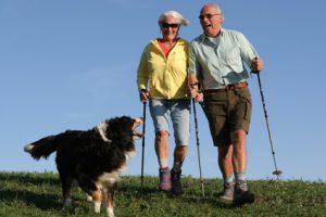 Symptome Hüftschmerzen frische Luft Spaziergang Bewegung Hausmittel gegen Abgeschlagenheit