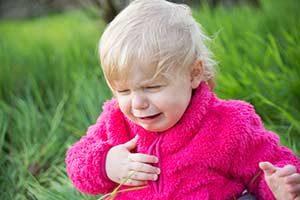 Erste Hilfe bei Fremdörper in Luftröhre oder Speiseröhre