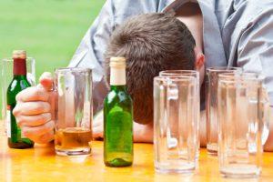 Erste Hilfe bei Alkoholvergiftung