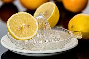Zitronensaft Kur, Pigmentflecken, Schluckauf