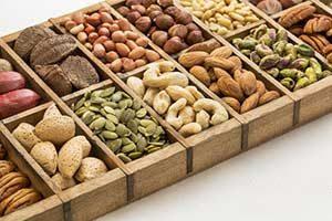 nüsse samen lebensmittel kalorien kalorientabelle