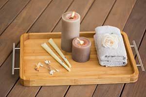 Ohrkerzen behandlung Ohrenkerzen Kerzen handtuch tablett wellness rosen ohrstäbchen wattepads