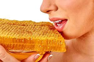 manuka Honig für Lippen Hausmittel gegen trockene Lippen Mund