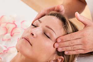 Frau Akupunktur