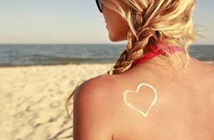 Haut Sonnencreme haut Hausmittel gegen Sonnenbrand