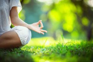 Behandlung Entspannungstechniken Symptome Muskelzucken, Hausmittel gegen Stress