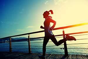 Sport Laufen Hausmittel gegen Bluthochdruck Kompressionsstrümpfe