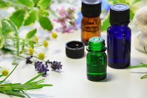 Behandlung Aromatherapie Symptome Lungenschmerzen, Schnupfen