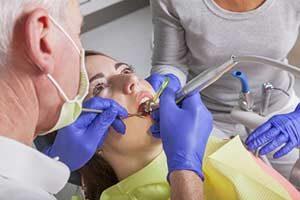 Krankheiten Zahnfleischentzündung Bohrer Zahnbohrer Inlay