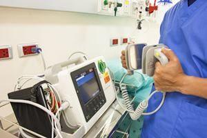 Behandlung Defibrillator