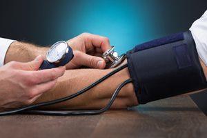 Krankheiten Arterielle Hypertonie Blutdruckmessgerät