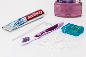 Zahn Pflege Reinigung Zahnpasta Zahnbürste Interdentalbürste