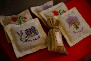 Körnerkissen säckchen heilkräuter lavendel
