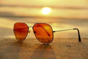 sonnenbrille strand meer sonnenuntergang