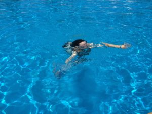 Tampon Frau Schwimmbad schwimmen baden freizeitbad meer