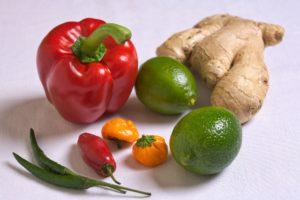 Chili und Ingwer Diät  Paprika limetten tomate gemüse