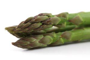 spargel , asparagus , markt , lebensmittel , garten , essen , gemüse , gesund , wochenmarkt , spargelzeit , gemüsemarkt , nahrungsmittel , ernährung , grün , nahrung