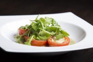 gefüllt , tomaten , blauschimmelkäse , essen , vorstand , rucola