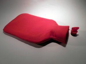 wärmflasche , wärmen , warm , schlafen , bauchweh , winter , gemütlich warm , bett , erkältung , bettflasche ,