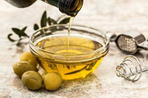 olivenöl , salat dressing , kochen , olive , gesund , vegetarier , lebensmittel , diät , zutat , pflanzenöl , natives olivenöl extra , ernährung , bio , küche , essen , gastronomie , gesundes essen , kulinarische , vegan , zubereitung von speisen