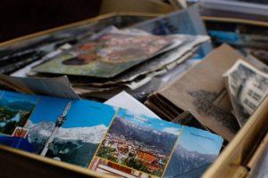 box , erinnerungen , fotos , bücher , umzugskarton , paket , pack , andenken , erinnern , erinnerung , speicher , nostalgie , souvenir , zeit