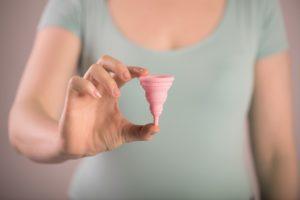Menstruation, Periode, Tage, Blutung, Frau, Mädchen, Binden, Menstruationstasse