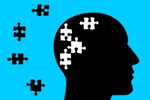 psychische gesundheit , psychische , gesundheit , kopf , depression , psychologie , therapie , geisteskrankheit , gehirn , psychiatrie , speicher , alzheimer , verlust , trauma , angst , emotionale , geistig , antidepressivum , geist , störung , silhouette , menschen , puzzle , psychotherapie , psychologische, vergessen, demenz PSEN1 Genmutation PS1 PS-1