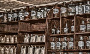 apotheke , antik , alt , chemikalien , flaschen , glasflaschen , regal , früher , vorrat , behälter , flasche , getränk , arznei , medizin , hilfsmittel , pharmazie , heilen , heilmittel, Tinktur