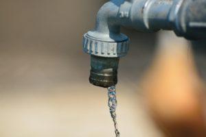 Bleivergiftungen wasser , wasserhahn , rohr