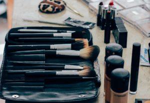 schminke , beauty produkte , kosmetik , make up , kit , satz , lieferungen , lippenstift , produkt , mode , pinsel , stiftung , hautpflege , haut