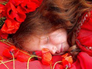 mädchen , mohn , rot , rote haare , camp , blume , fantasie , geschichte Couperose Rosazea
