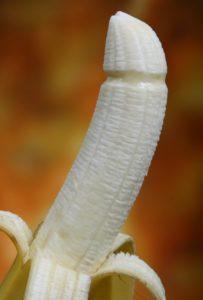 banane , frühstück , bunte , kondom , verteidigen , krankheit , erotische , lebensmittel , frisch , obst , gut , gesundheit , gesund , humor , hungrig , mittagessen , natürliche , nährende , ernährung , bio , penis , phallische , verhindern , prävention , produkte , schützen , schutz , darstellen , darstellung , sicher , sichern , sex , sexuellen , imbiss , starter , abendmahl , symbol , symbologie , virus , gesunde , gelb Diphallie