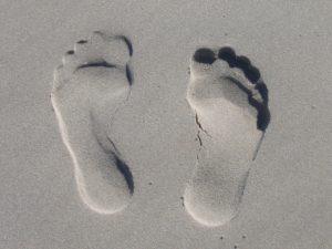 sand , abdruck , füße , sohle , zehen , eindruck , strand , sommer , badespaß , mittelmeer , meer , urlaub , sandstrand , ferien