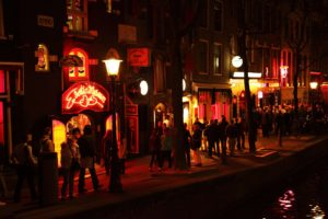 amsterdam , kanal , stadt , bezirk , niederländisch , holland , licht , nacht , beleuchtung , niederlande , prostitution , rot , sex , straße , tourismus, rotlicht
