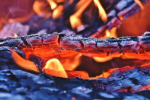feuer , feuerstelle , glut , flammen , brennen , brand , kohle , lagerfeuer , holzfeuer , glühend , hitze , glühen , grillen , holz , verbrennen , textur , hintergrund, Kohlenmonoxidvergiftung; Kohlenstoffmonoxidvergiftung; Kohlenmonoxidintoxikation