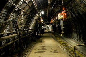 bergwerk , unter tage , maschine , dunkel , tunnel, mine, KohlenstoffmonoxidintoxikationKohlenmonoxidintoxikationKohlenstoffmonoxidvergiftung