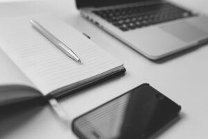 computer , notebook , laptop , arbeiten , geschäft , büro , internet , technologie , tastatur , arbeitsplatz , kommunikation , online , leere , modern , papierkram, pc, online, smartphone, handy