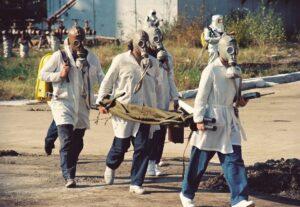 Biowaffe, terror, schwerwasserfabrik , chemische katastrophenübung , unglück , rettungs team , gasmaske , schwefelwasserstoff , tödliches gas , industrie , umwelt , giftig , gefahr , verschmutzung , reaktorkomponente , kernenergie , turnu severin , rumänien