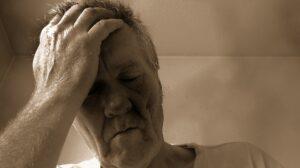 person , mann , gesicht , müde , alt , senior , alter , müdigkeit , kopfweh, hypersomnie, narkolepsie