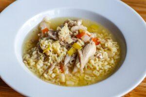 hühnersuppe , suppe , lebensmittel , abendessen , gemüse , mittagessen , essen , lecker , ernährung , schmackhaft , gesund