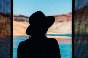 Sonnenstich, Sonnenschutz, Hut, Hitzeschlag, mädchen , silhouette , frau , schönheit , porträt , mode , person , menschen , schatten , weiblich , ozean , ferien , urlaub , meer , strand