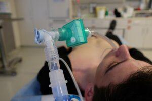 notfallmedizin , beatmung , medizin , intubation , kapnographie , schockraum , ventilation , emergency , ventilator , artificial ventilation, künstliche Beatmung