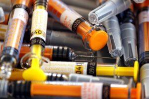 spritzen , injektionen , nadel , medizin , apotheke , impfung , heparin , medikamente , gesundheit , abhilfe ,