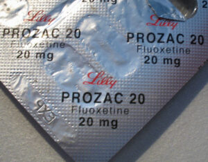 Antidepressiva, Fluoxetin, SSRI, selektive serotonin wiederaufnahmehemmer, depressionen