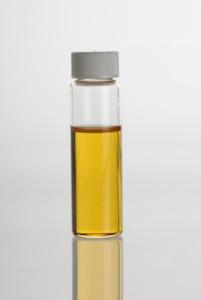Zimtöl, Zimtrindenöl, ätherisches Öl, Fett, Gelb, Flüssigkeit
